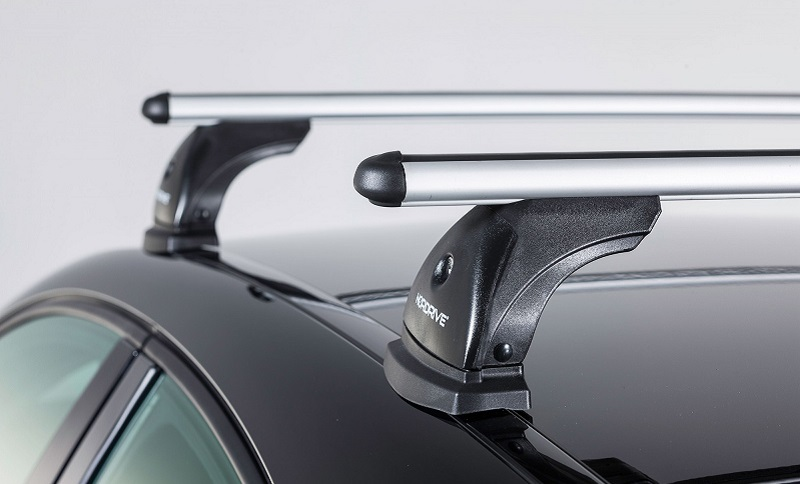 Universal roof rack set